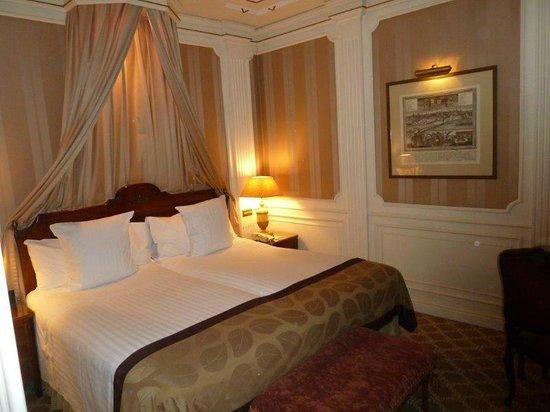 Gran Melia Fenix: Luxurious comfortable room