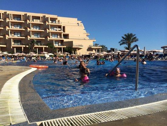 ClubHotel Riu Buena Vista : Piscina