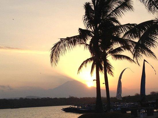 Mimpi Resort Menjangan : ホテルからの景色