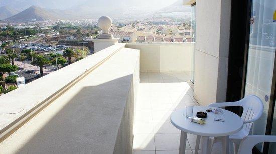 Bahia Princess Hotel : Vue de la terrasse de la chambre