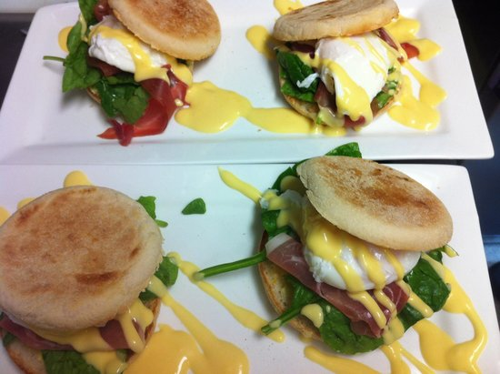 Green Chair: Eggs Benedict with English Muffins topped with Parma Ham or Bacon