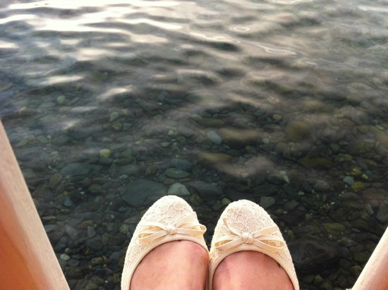Le Poisson Rouge: les pieds dans l'eau