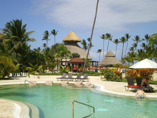 Now Larimar Punta Cana: Quiet pool