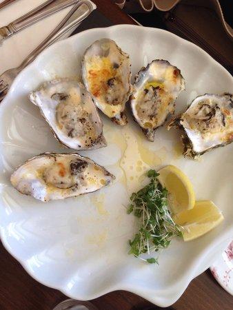Mitchell's Restaurant : wonderful oysters!
