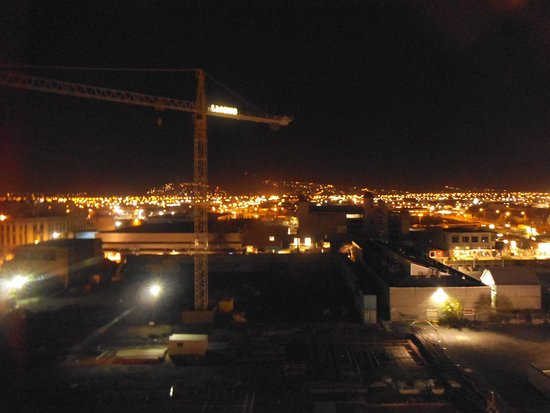 Ibis Christchurch: 8th floor looking south