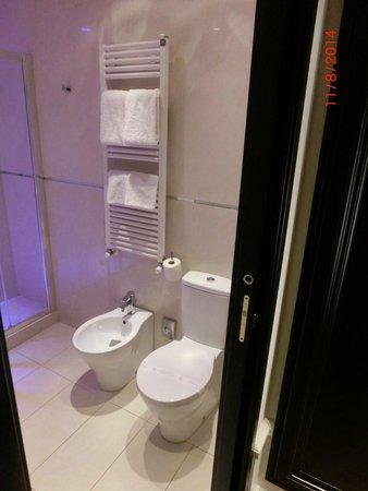 Hotel Milano & Spa: Badezimmer