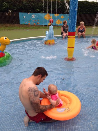 Parkdean Newquay Holiday Park: Baby pool.