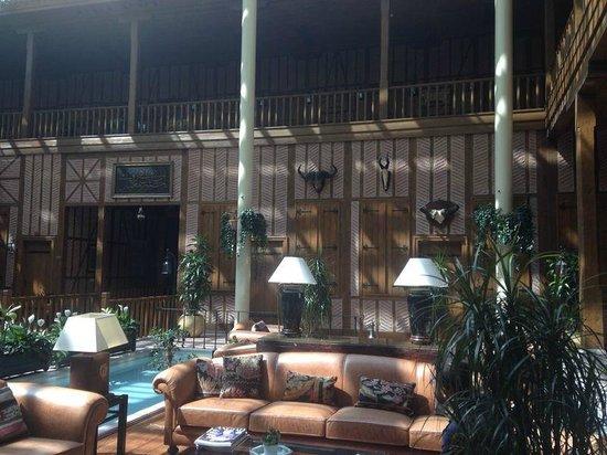 Divan Cukurhan: Divan Hotel