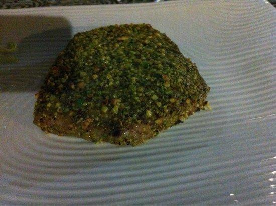 Zingaro Hotel Ristorante : Tonno in crosta di pistacchi ��