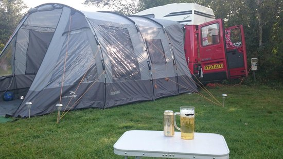 Conwy  Holiday Park: Set up and ready for a drink!