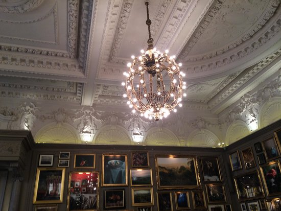 The London EDITION: Berners Tavern
