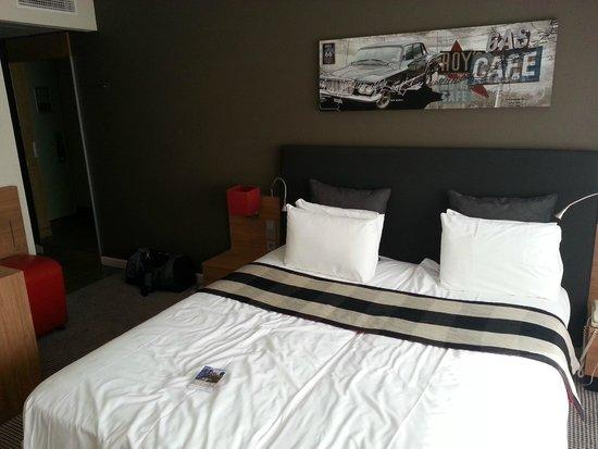 Mercure Hotel Den Haag Central: Bett