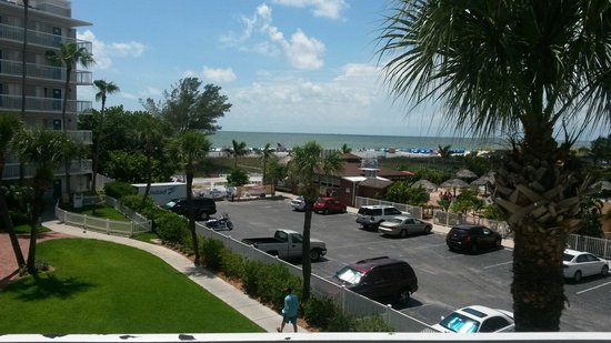 Guy Harvey Outpost, a TradeWinds Beach Resort: View from courtyard balcony.