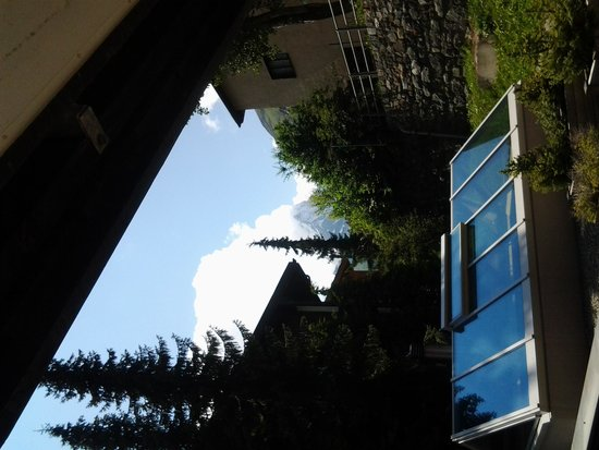 Zermatt-Matterhorn Ski Paradise: il cervino veduta dall'hotel