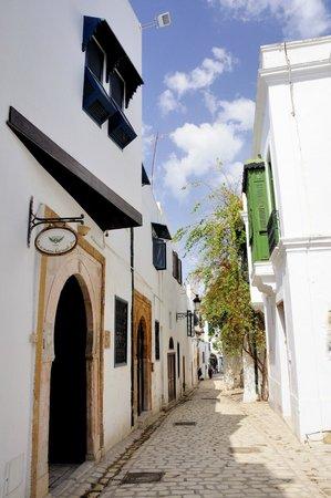 Médina de Tunis : 有特色的窗戶
