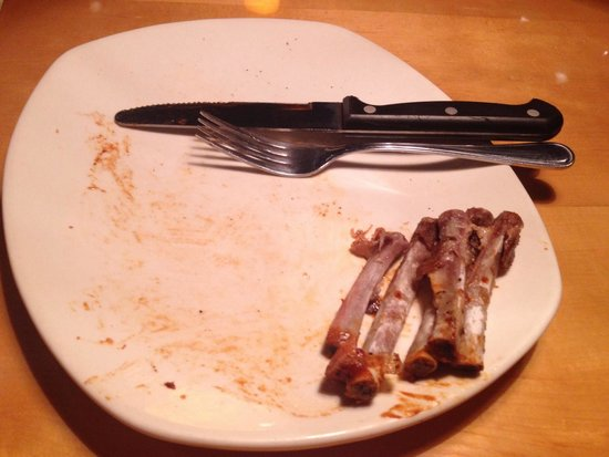 Outback Steakhouse - Center Norte: Ribs on the barbie. Delicia!