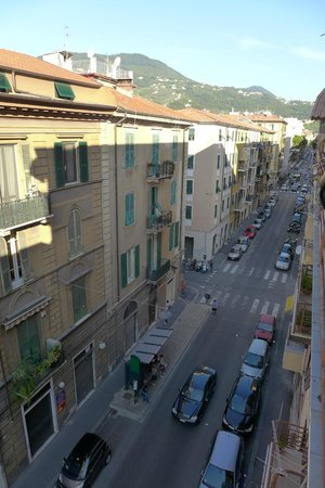 Affittacamere Le Vele: View toward the mountains from the apartment balcony