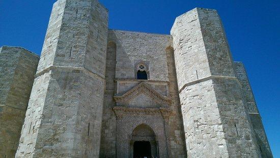 Castel del Monte : Entrata