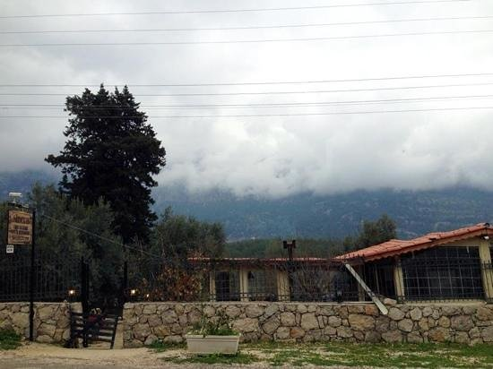 Sibel's Four Seasons Cafe & Restaurant: Low clouds on the spot
