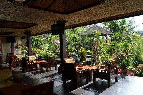 Pita Maha Resort and Spa: bar