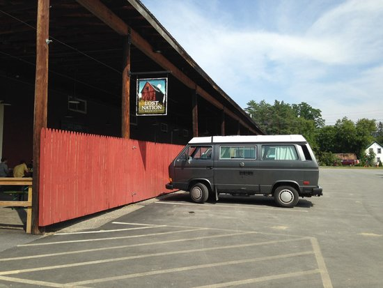 Lost Nation Brewing: Kind of place where one would expect a vintage VW bus