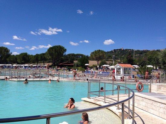 Terme di Saturnia Spa & Golf Resort : Piscina grande