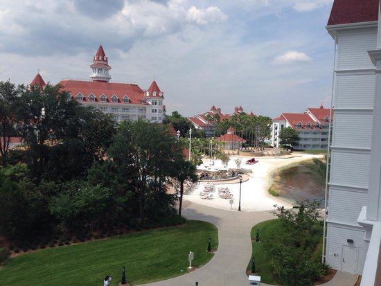 Disney's Grand Floridian Resort & Spa: View from Villa 1409