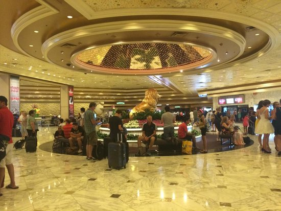 MGM Grand Hotel and Casino : Part of the lobby!