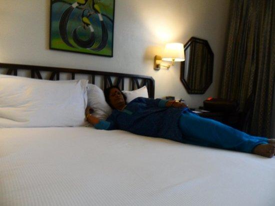 Hilton Nairobi : room