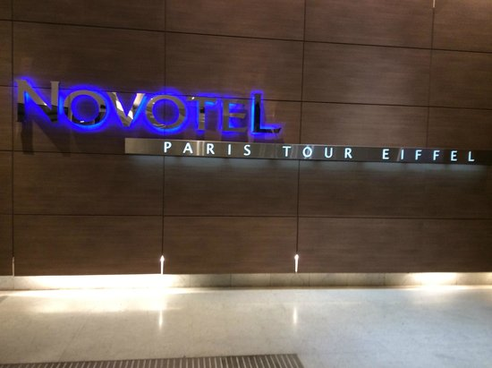 Novotel Paris Centre Tour Eiffel : Ground floor hotel sign