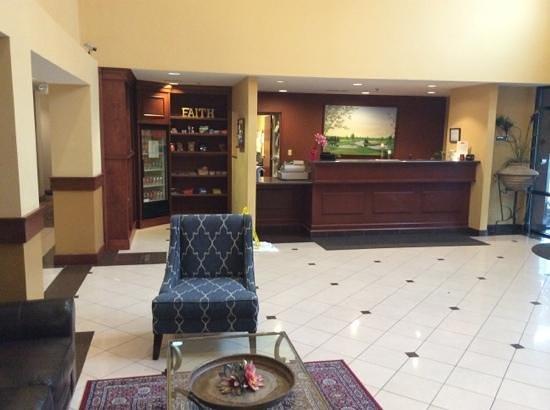 The Lotus Suites : cute lobby