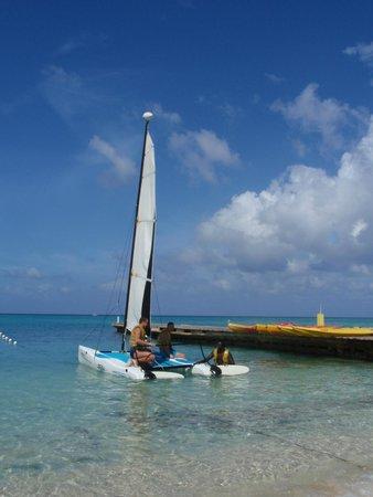 Royal Decameron Montego Beach: Парусник напрокат