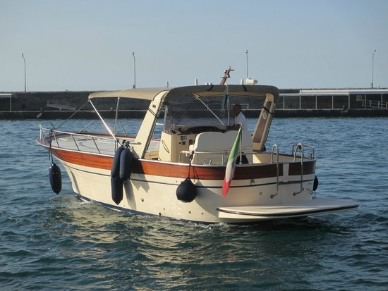 You Know! - Boat Excursions & Service: Our boat for the day