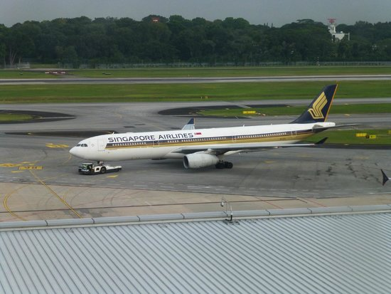 Crowne Plaza Changi Airport: An SQ A330 gets pushback, as seen from our room.