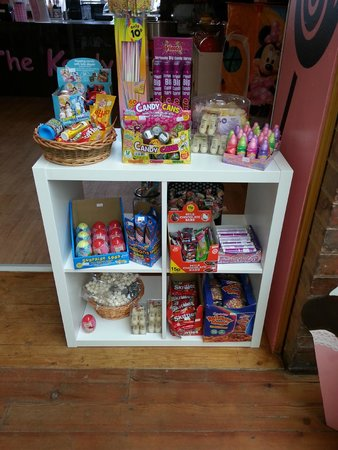 The Kandy Factory: Modern and traditional sweets available