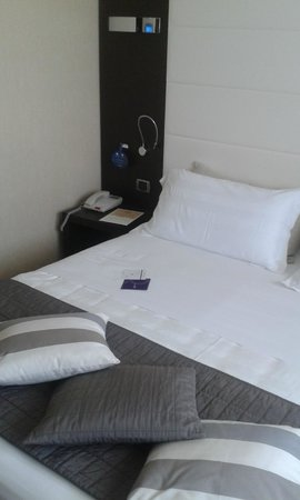 Hotel Mercure Bergamo Aeroporto : camera