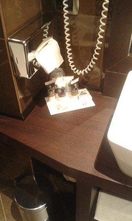 Hotel Mercure Bergamo Aeroporto : coutesy kit