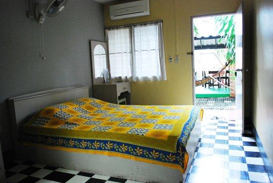 Baan JaJa: Double-bed room
