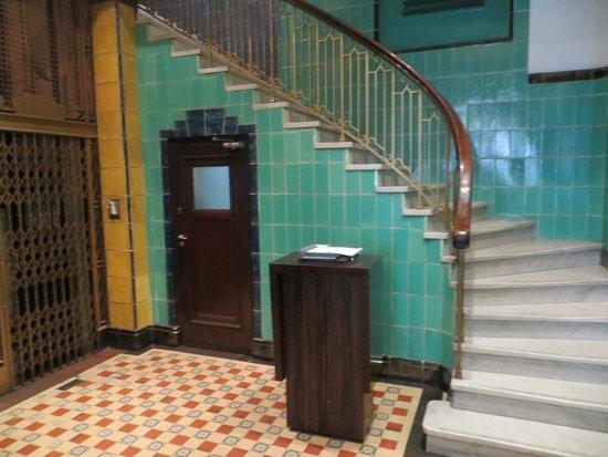 Moreno Hotel Buenos Aires: Hotel Entrance
