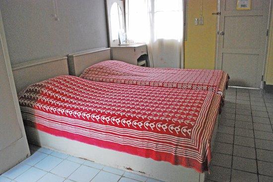 Baan JaJa: Twin-bed room
