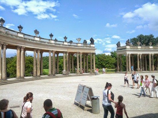Sanssouci Palace: colonnato esterno