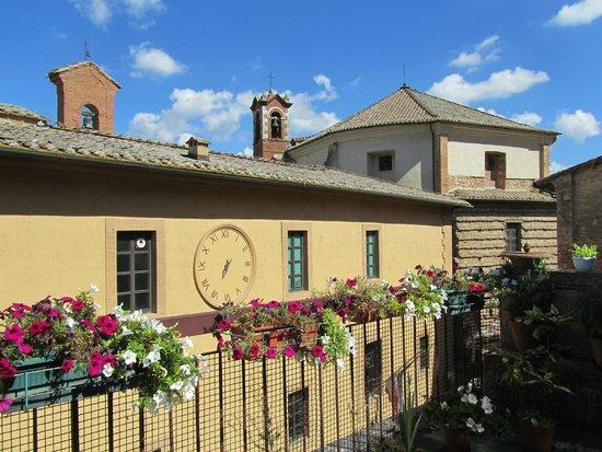 uitzicht terras - Picture of La Terrazza di Montepulciano ...