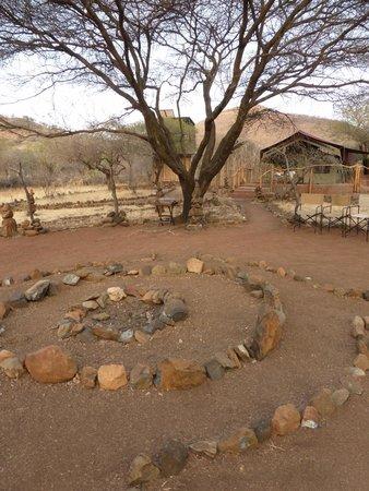 Isoitok Camp - Manyara : View at one of the permanent tents