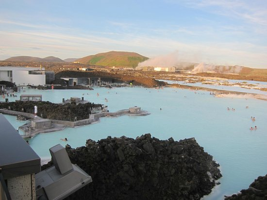 Blue Lagoon : from the roof with the geoterm plant