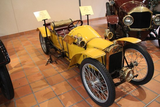 The Private Collection of Antique Cars of H.S.H. Prince Rainier III : Старинное авто