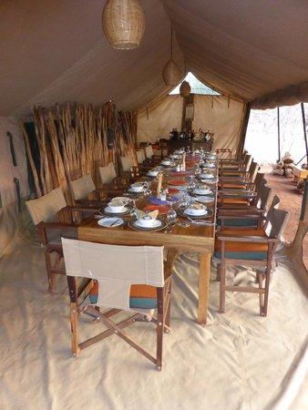 Isoitok Camp - Manyara : The mess