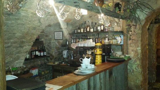 Forto Dvaras: Particolare area bar... sburieddu!