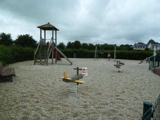 Pierre & Vacances Résidence Le Green Beach : Plaine de jeux