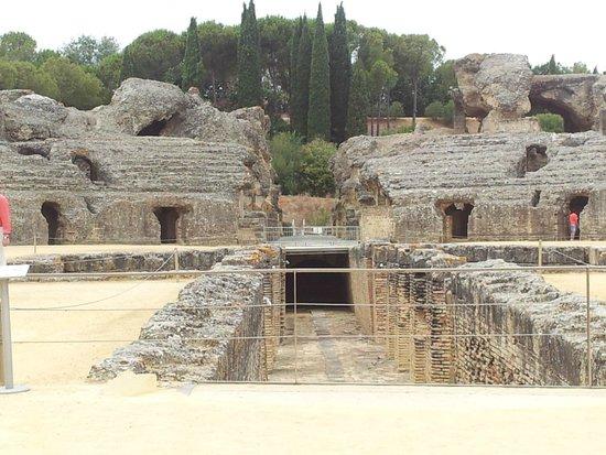 Conjunto Arqueológico Itálica: Italica
