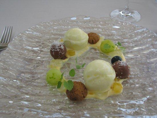 """Béns d'Avall Restaurant: Desserten """"Bounty"""" - oförskämt god"""